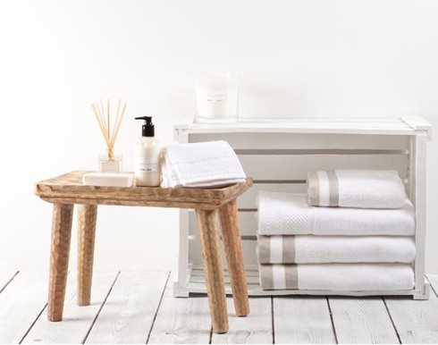 Zara-Home-Hotel-Collection-bathroom-towels